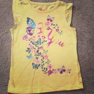 Girls size 6 T-shirt